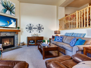 4BR/3.5BA Remarkable Bear Hollow Townhome