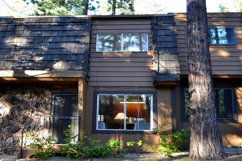Wildwood Flat Vacation Rental in City of South Lake Tahoe - RedAwning