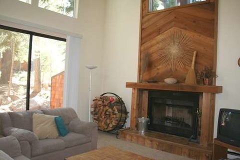 Spacious Beaver Pond Northstar Home Vacation Rental in Northstar - RedAwning