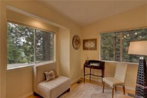 Tahoe Villa Bonita Vacation Rental in South Lake Tahoe, CA - RedAwning
