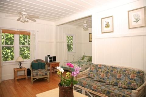 Kuuipo Vacation Rental in Hanalei - RedAwning