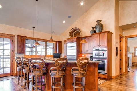 Chateau Sole Vacation Rental in Breckenridge - RedAwning