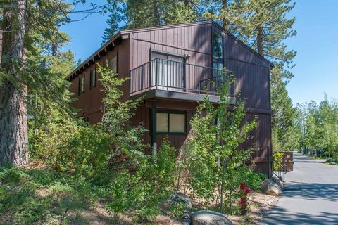 Grossman Vacation Rental in Tahoe City - RedAwning
