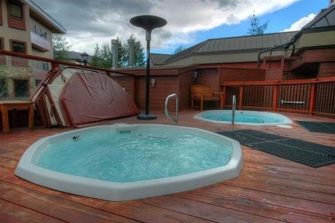 Village Plaza #2202 (Shavano Building) Vacation Rental in Breckenridge - RedAwning