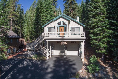 Briggs Vacation Rental in Tahoe Donner - RedAwning