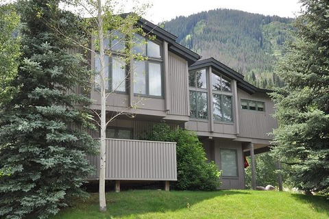 Affordable & Relaxing Setting for Vail Vacation Vacation Rental in Vail - RedAwning