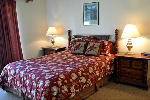 Delightful South Shore Condo 1171A Vacation Rental in City of South Lake Tahoe - RedAwning