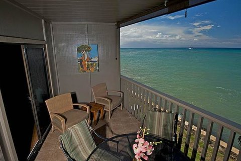Pohailani #201 Vacation Rental in Kahana - RedAwning