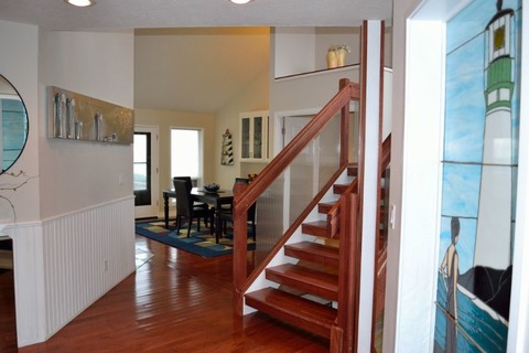 Yaquina Lighthouse Home Vacation Rental in Newport - RedAwning