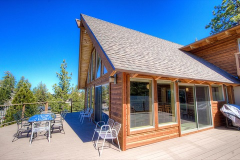 South Lake Home in Magnificent Setting Vacation Rental in City of South Lake Tahoe - RedAwning