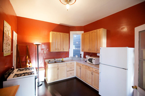 Central Victorian 2 Bedroom Vacation Rental in San Francisco - RedAwning