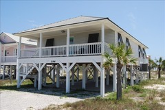Pelican's Rest Beach House