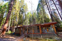 Cabin #4A Hummingbird House and Hummingbird Haven
