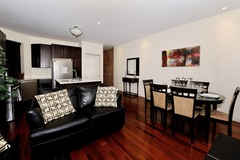 Stylish and Spacious 3 Bedroom Apartment 4
