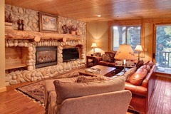 Black Bear Lodge- 4 Bedroom