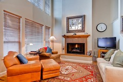 Central Park Townhome 23