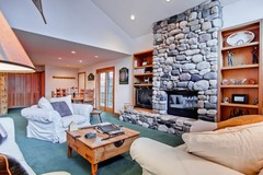 Skiway Townhome 215
